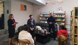 Зустріч з письменником Віталієм Запекою